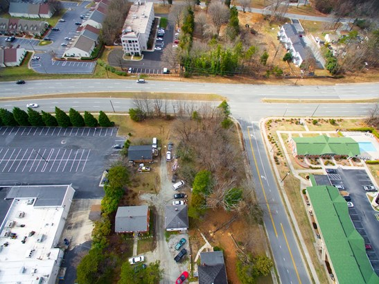 2011 S Holden Road, Greensboro, NC - USA (photo 4)