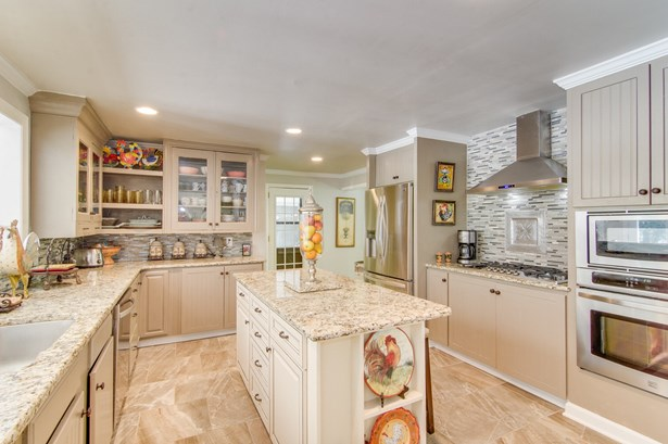 205 Shadow Valley Road, High Point, NC - USA (photo 4)