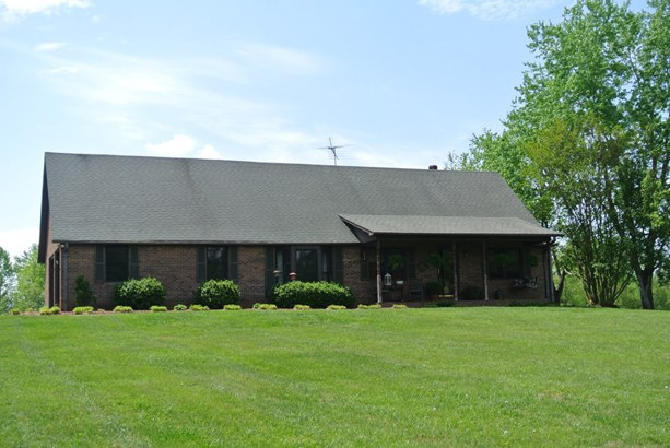 3300 Shacktown Road, Yadkinville, NC - USA (photo 1)