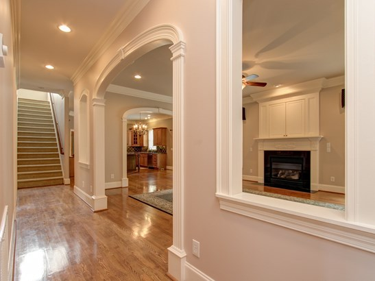 6091 Grinsted Court, Greensboro, NC - USA (photo 5)