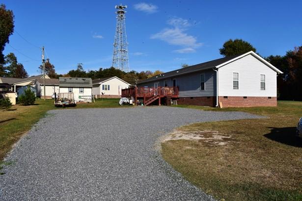 7701 Summitridge Drive, Browns Summit, NC - USA (photo 3)