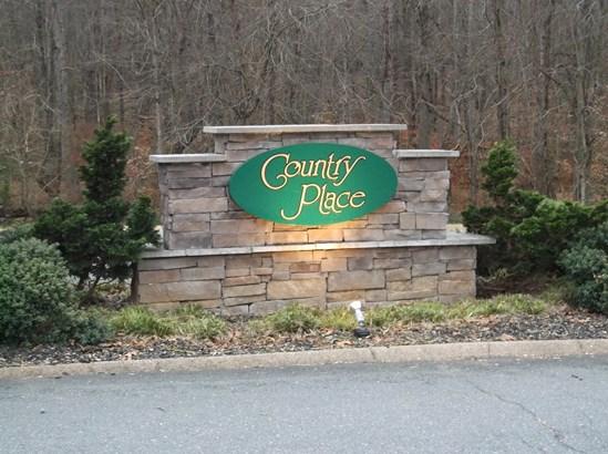132 Whispering Creek Road, King, NC - USA (photo 4)