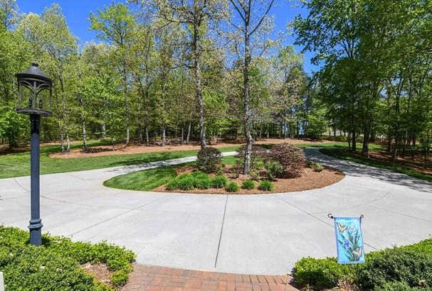 6505 Ashton Park Drive, Oak Ridge, NC - USA (photo 3)