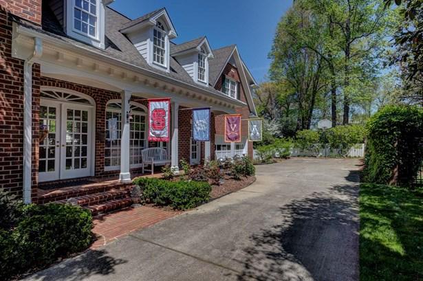 1608 Saint Andrews Road, Greensboro, NC - USA (photo 2)