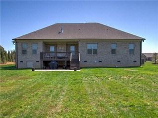 8202 Fortana Court, Kernersville, NC - USA (photo 3)