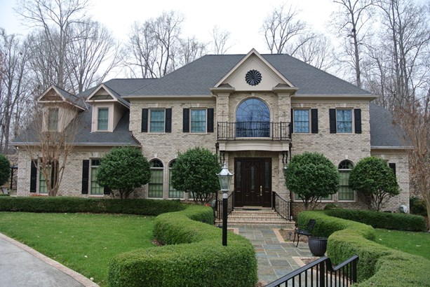 10 Postbridge Court, Greensboro, NC - USA (photo 1)