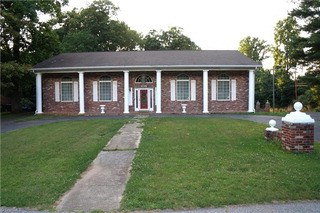 1101 Cypress Circle, Winston-salem, NC - USA (photo 1)