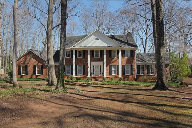2704 Lake Forest Drive, Greensboro, NC - USA (photo 1)