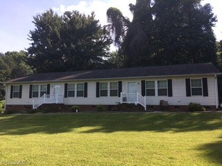 1518 A & B Glenside Drive, Greensboro, NC - USA (photo 1)