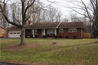 210 Cliffwood Drive, Kernersville, NC - USA (photo 2)