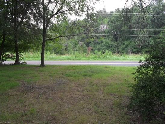 327 Hillcrest Drive, Advance, NC - USA (photo 2)