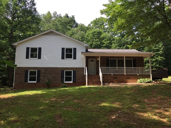 6425 Armps Rd, Whitsett, NC - USA (photo 1)