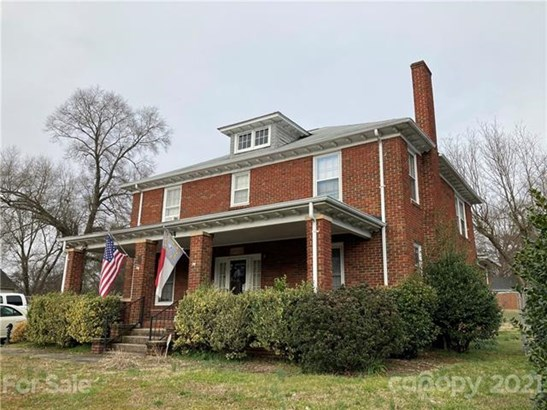 2 Story/Basement, Traditional - Concord, NC