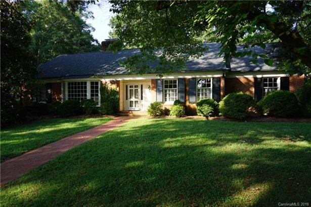 Ranch,Traditional, 1 Story Basement - Concord, NC