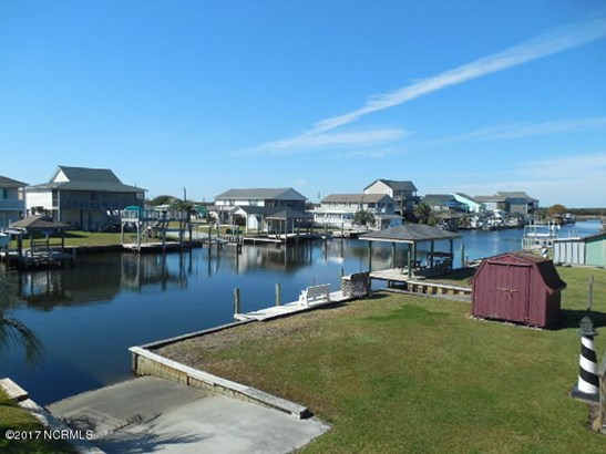 3029 3rd Street , Surf City, NC - USA (photo 4)