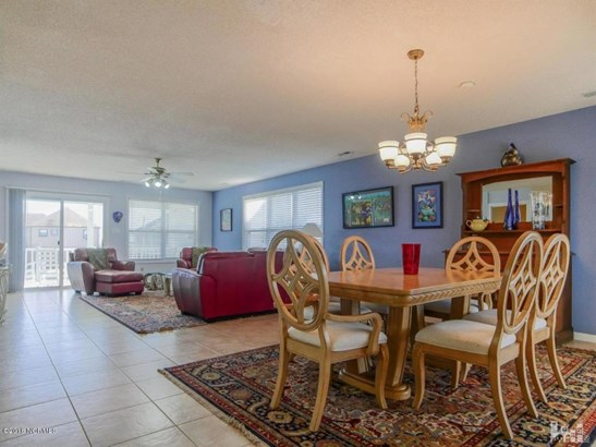 1202 S Topsail Drive , Surf City, NC - USA (photo 4)