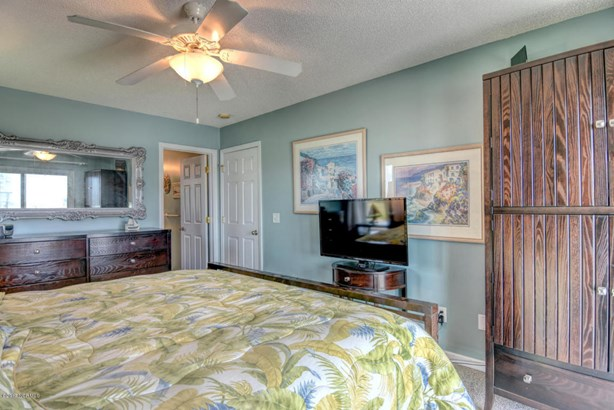 1605 N New River Drive , Surf City, NC - USA (photo 5)