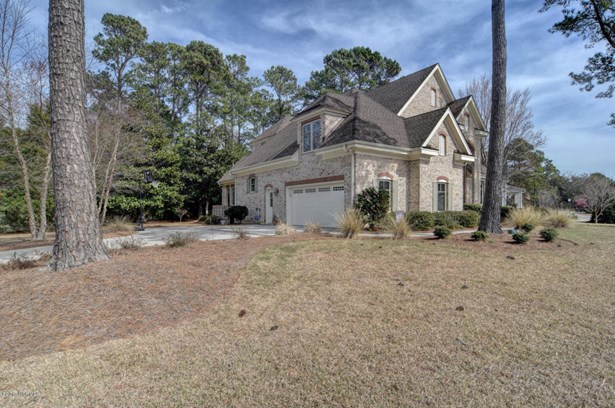 8930 Champion Hills Drive , Wilmington, NC - USA (photo 2)