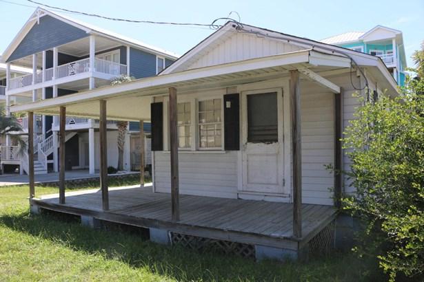 1216 S Lake Park Boulevard , Carolina Beach, NC - USA (photo 1)