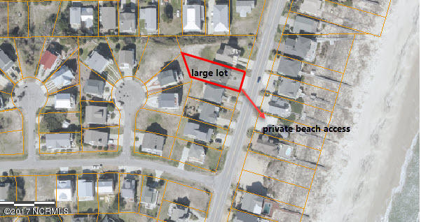 817 Fort Fisher N Boulevard , Kure Beach, NC - USA (photo 2)