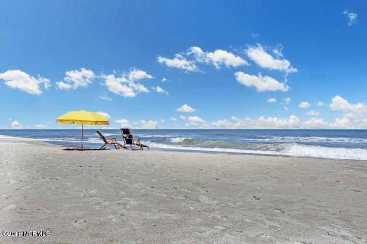 306 Carolina Beach S Avenue , Carolina Beach, NC - USA (photo 5)