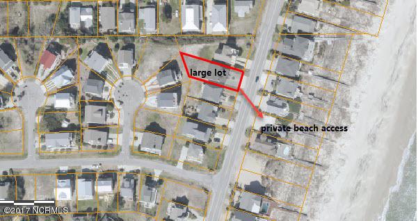 817 Fort Fisher N Boulevard, Kure Beach, NC - USA (photo 2)