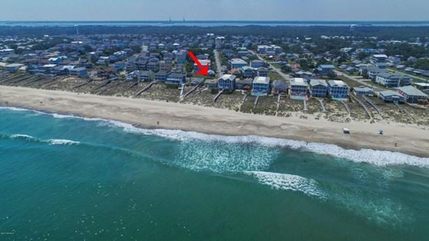 834 Fort Fisher N Boulevard , Kure Beach, NC - USA (photo 3)
