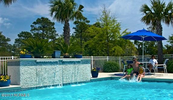 900 Ocean Boulevard , Carolina Beach, NC - USA (photo 3)