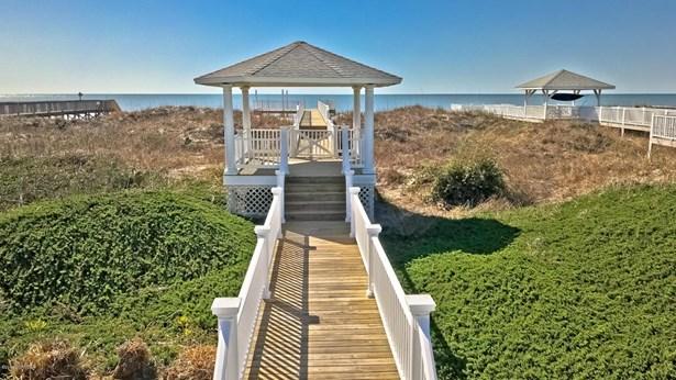 99 Ocean Isle West Boulevard , Ocean Isle Beach, NC - USA (photo 4)