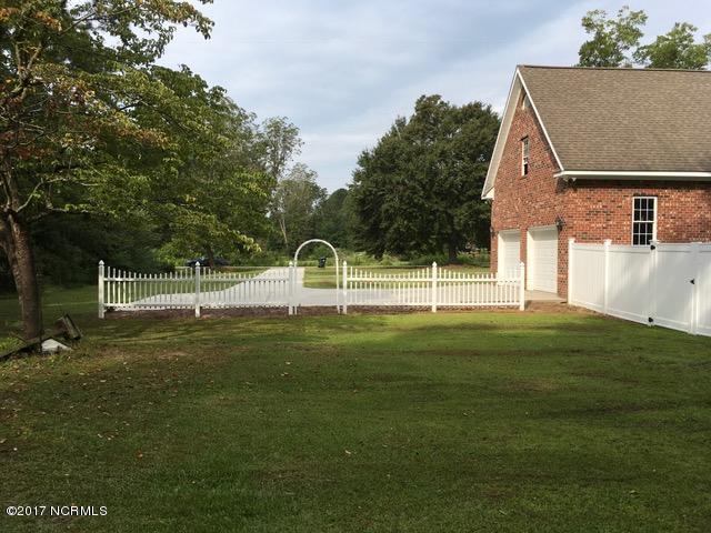 104 Summer Lane , Whiteville, NC - USA (photo 5)