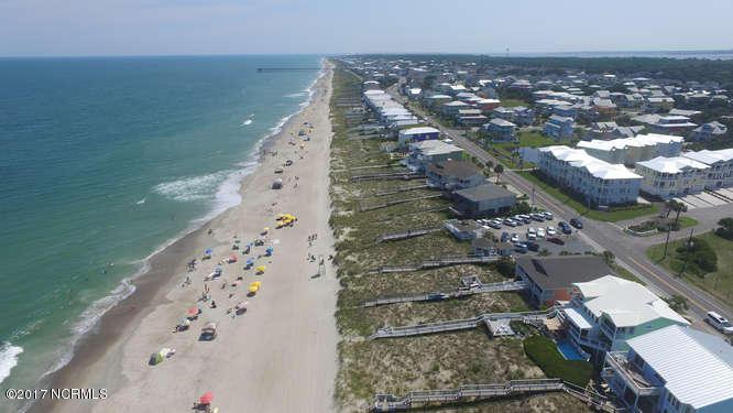 708 N Fort Fisher Boulevard, Kure Beach, NC - USA (photo 2)