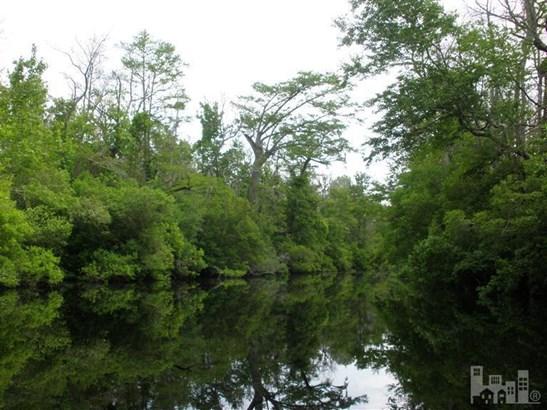 4 Big Creek Circle, Lake Waccamaw, NC - USA (photo 1)