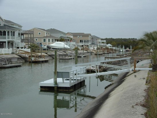 21 Dare Street , Ocean Isle Beach, NC - USA (photo 4)