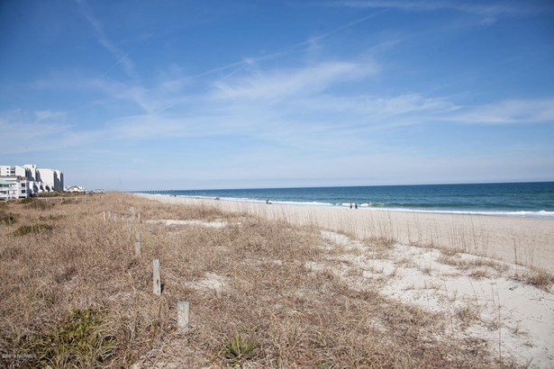 217 S Lumina Avenue , Wrightsville Beach, NC - USA (photo 3)