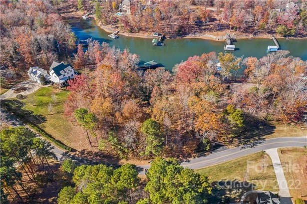 Lot - Mooresville, NC