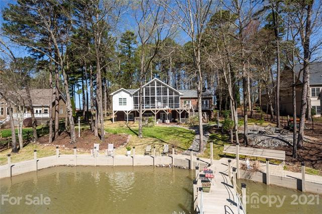 A-Frame,Transitional, 1 Story Basement - Mooresville, NC