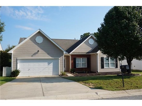 Transitional, 1 Story - Mooresville, NC (photo 1)
