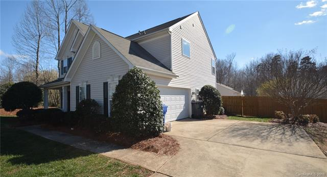 Transitional, 2 Story - Troutman, NC (photo 2)