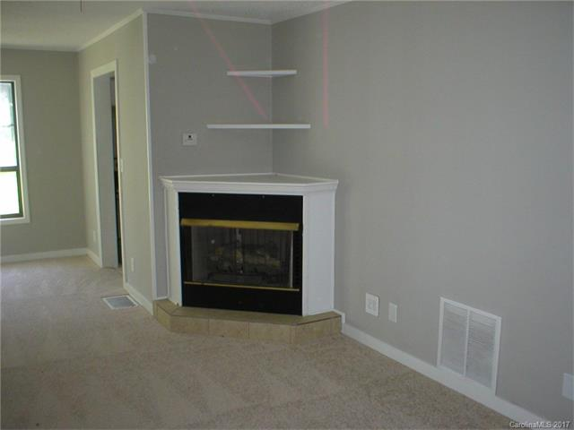 Traditional, 2 Story - Mocksville, NC (photo 2)