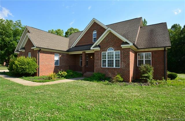 1.5 Story, Ranch - Maiden, NC (photo 1)