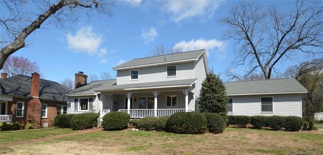 Transitional, 1.5 Story - Mooresville, NC (photo 1)