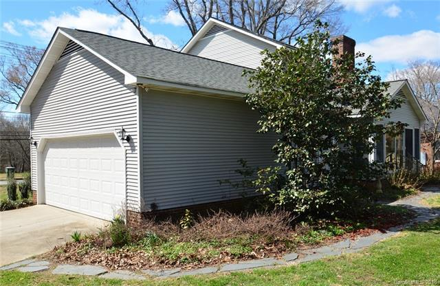 Transitional, 1.5 Story - Mooresville, NC (photo 4)