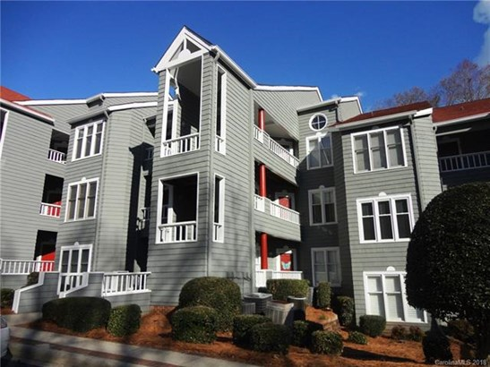 Condominium - Davidson, NC (photo 2)