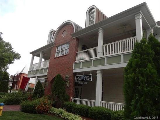 Condominium - Cornelius, NC (photo 1)