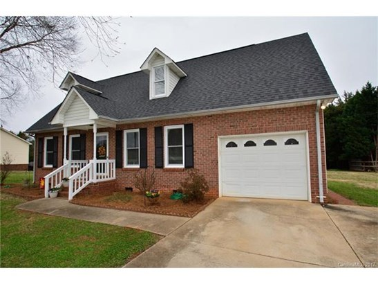 Cape Cod, 2 Story - Mooresville, NC (photo 2)