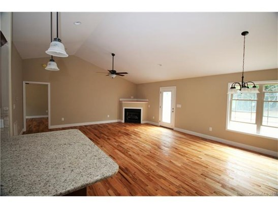 1 Story, Ranch - Lincolnton, NC (photo 4)