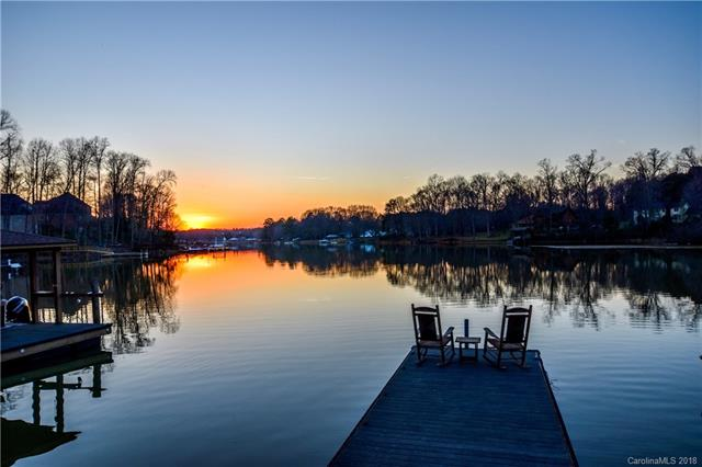 Transitional, 1.5 Story/Basement - Mooresville, NC (photo 4)