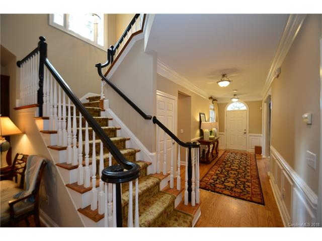 2 Story/Basement, Traditional - Davidson, NC (photo 4)