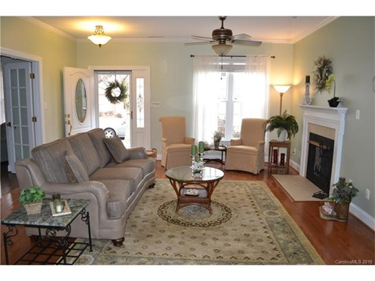 1 Story, Traditional - Mooresville, NC (photo 4)