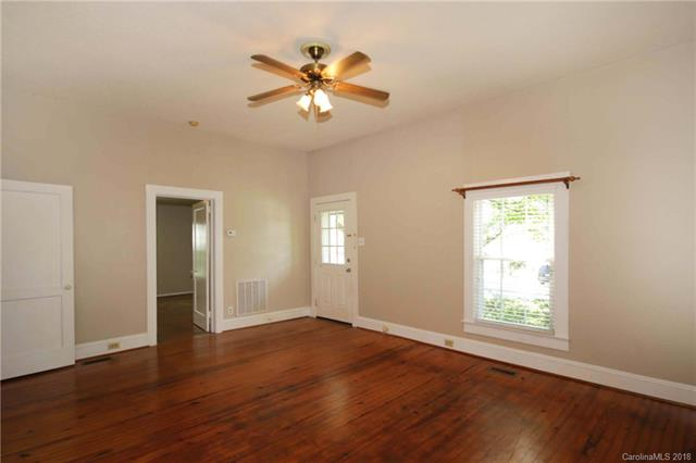 1 Story, Cottage/Bungalow - Mooresville, NC (photo 4)